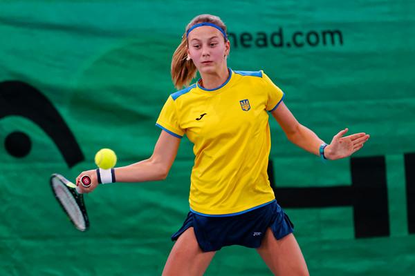 102 Marta Kostyuk  - Team Ukraine - Tennis Europe Wintercups final girls 14 years and under 2016