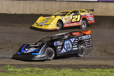 Scott Bloomquist (0) and Billy Moyer (21)