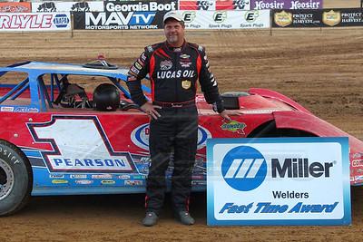 Miler Welders Fast TIme Award winner Earl Pearson, Jr.