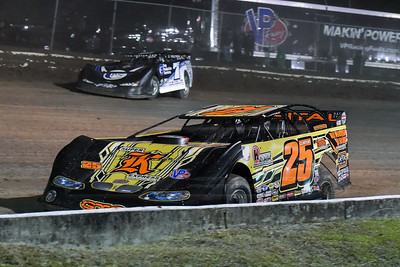 Shane Clanton (25) and Jared Landers (777)