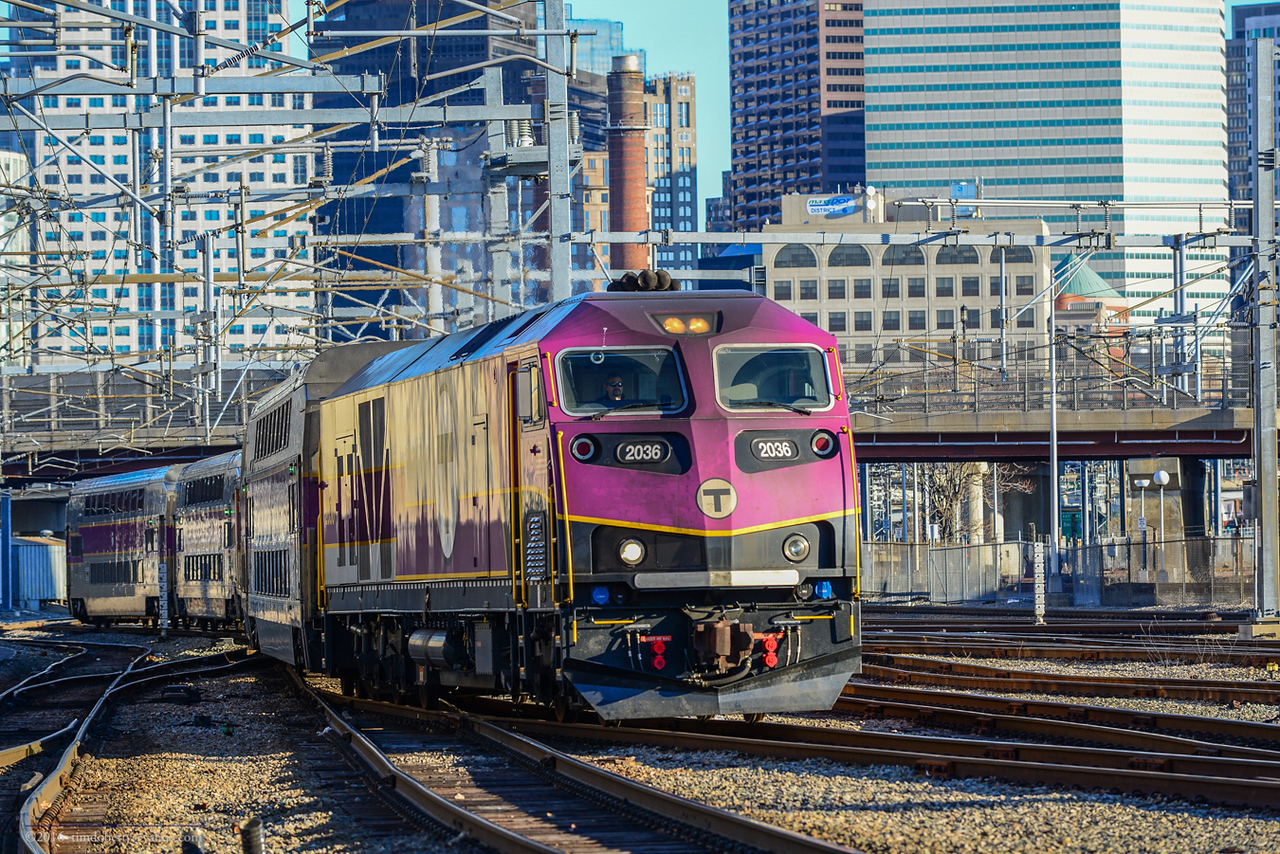 A deadheading train from South Station heads off of the Fairmount line towards the Southampton Street S&I faclity.