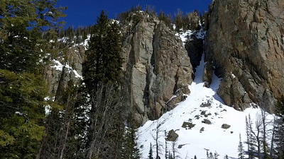 Spectacular day below the cliffs in Rock Springs.