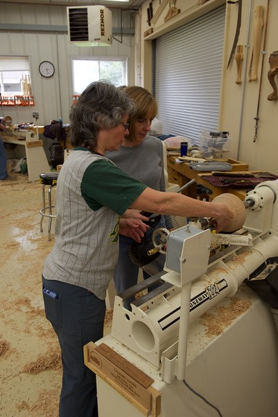 Woodturning_w_lacer_61