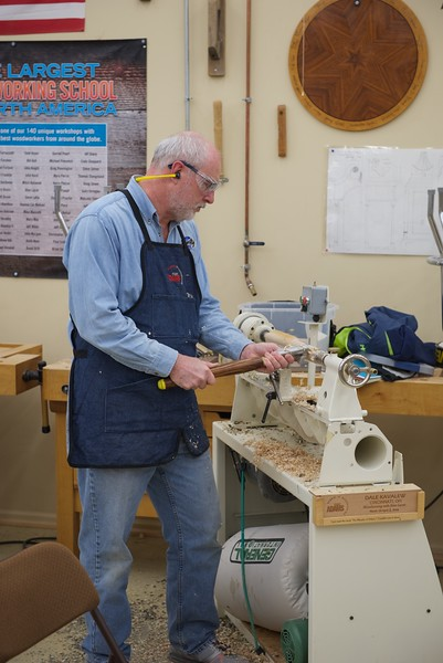 Woodturning_w_lacer_18