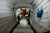 Peru : Ofrecer para la ropa en un pasaje en Lima / Offer for clothes in a passage in Lima / Peru : Angebot für Kleider in einem Durchgang in Lima © Augusto Famulari/LATINPHOTO.org