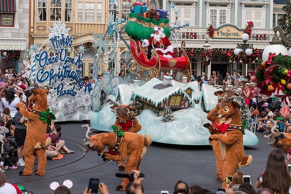 2017-12-23 Christmas at Magic Kingdom