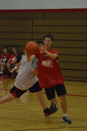 Boys' Summer Basketball Camp (Grades 7-9)