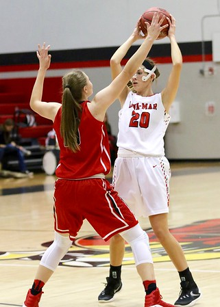 Linn-Mar vs. Iowa City High Girls' Basketball 11/29/30