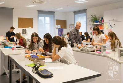 Science classes at TASIS