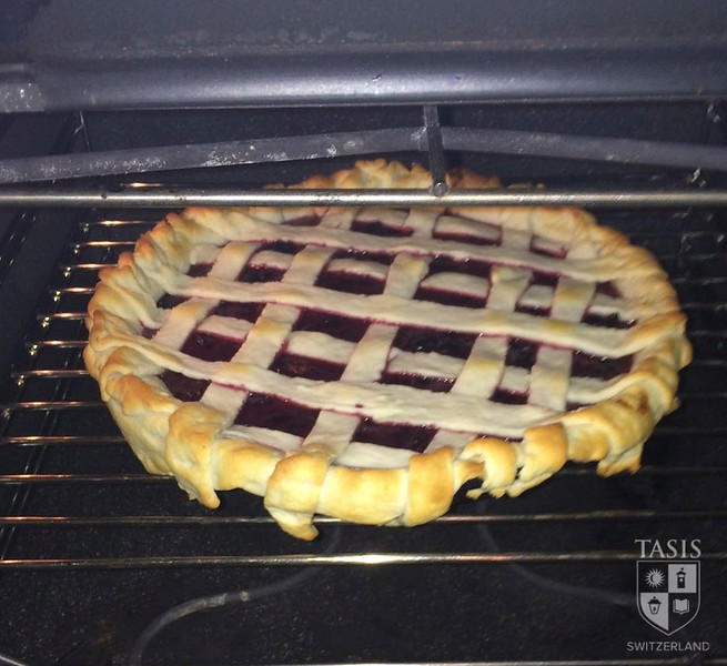 Making grape pies!