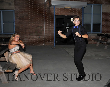 17 LHS HMCMNG DANCE  0052