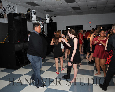 17 LHS HMCMNG DANCE  0050