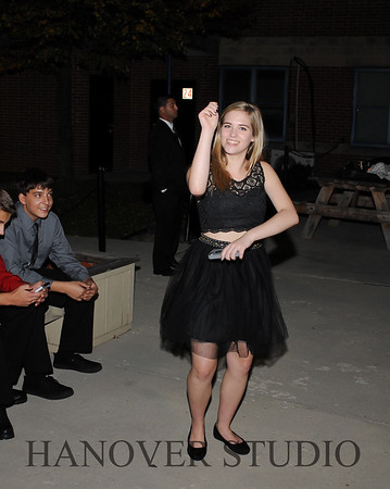 17 LHS HMCMNG DANCE  0146