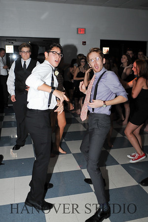 17 LHS HMCMNG DANCE  0059
