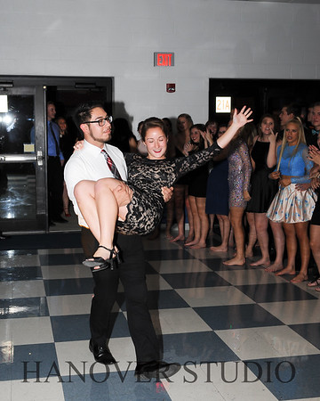 17 LHS HMCMNG DANCE  0068
