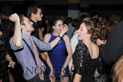 17 LHS HMCMNG DANCE  0014