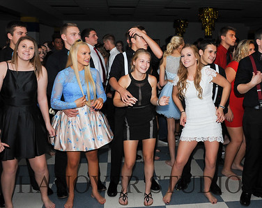 17 LHS HMCMNG DANCE  0091