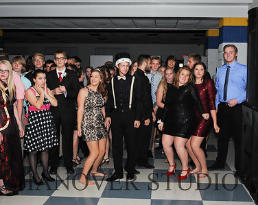 17 LHS HMCMNG DANCE  0085