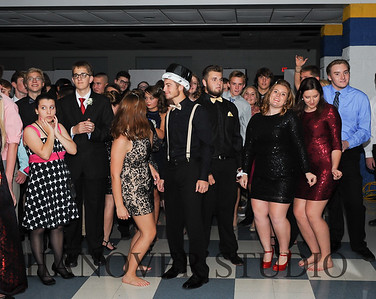 17 LHS HMCMNG DANCE  0083