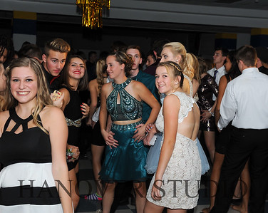 17 LHS HMCMNG DANCE  0128