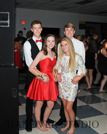 17 LHS HMCMNG DANCE  0158