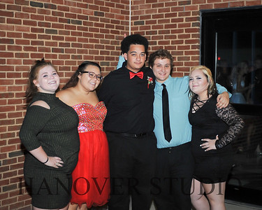 17 LHS HMCMNG DANCE  0030
