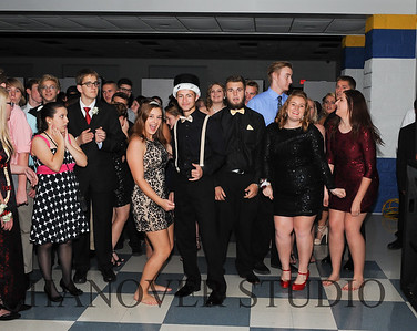 17 LHS HMCMNG DANCE  0081