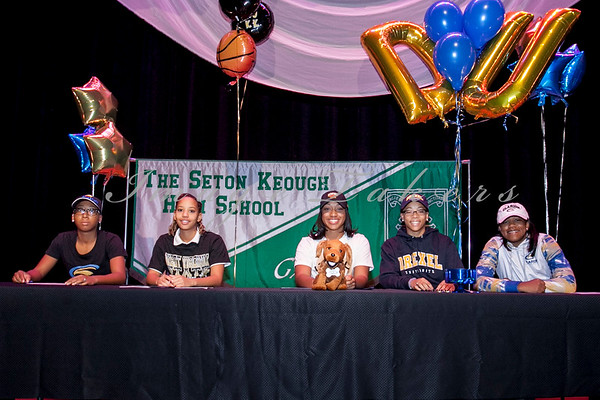 20126-2017 Athletic Signing