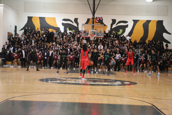 Boys basketball: Wilson vs. HD Woodson