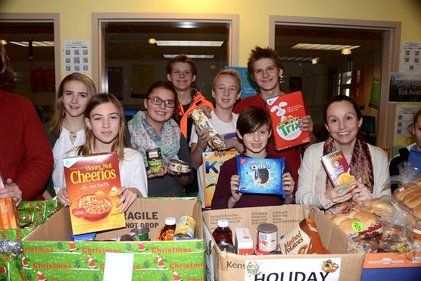 AMHS Student Council Holiday Food Basket Drive photos by Gary Baker