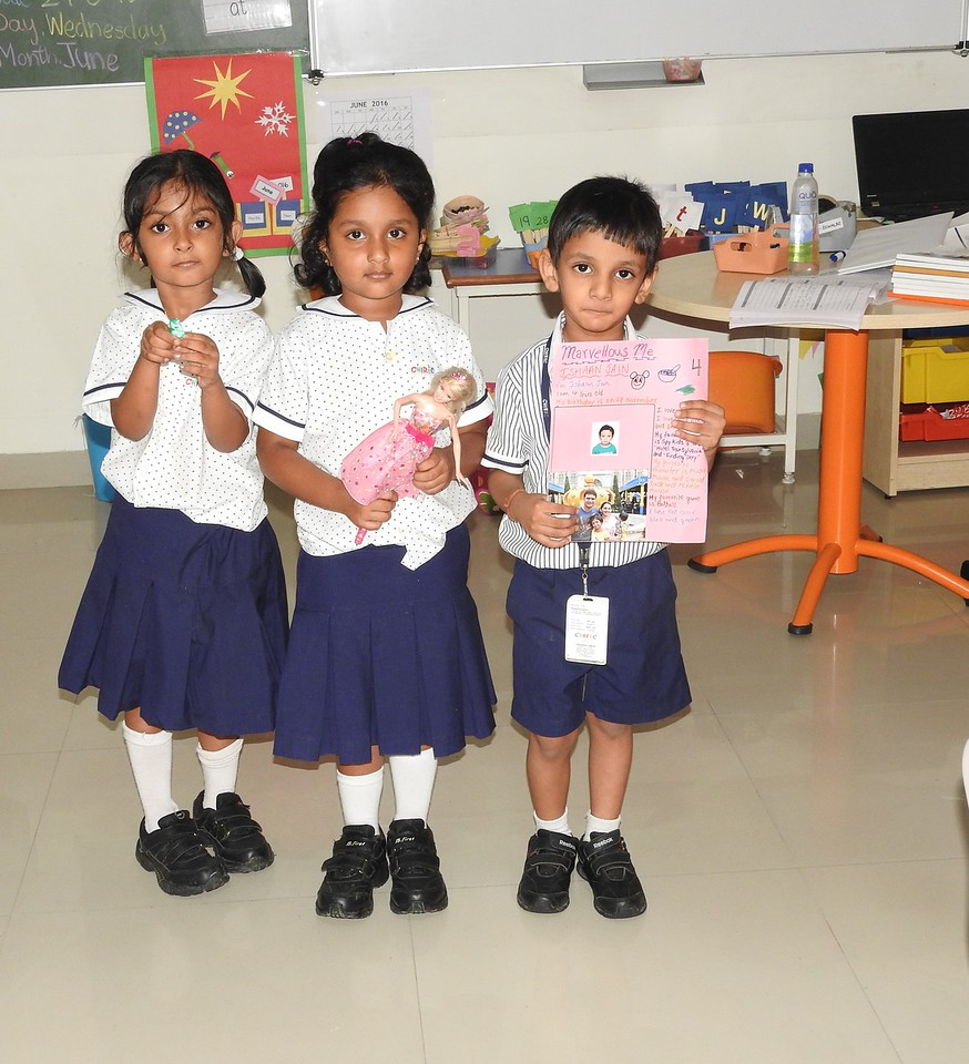 SHOW AND TELL ACTIVITY (1)