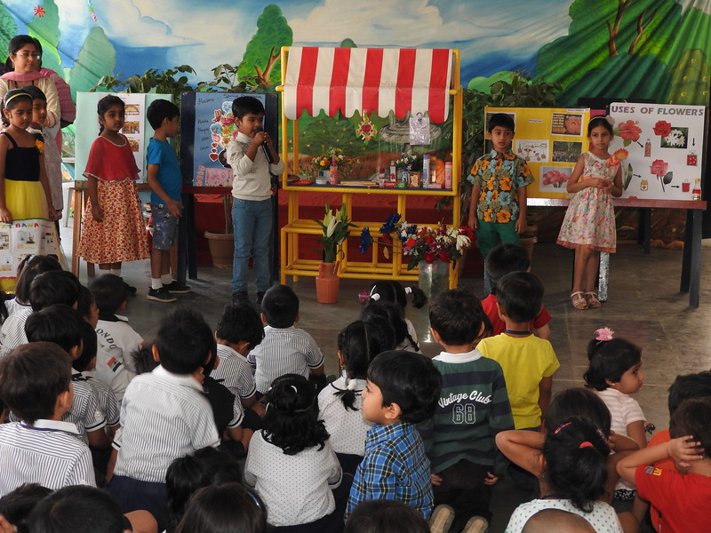 DEVELOPING LANGUAGE AND PRESENTATION SKILLS DURING ASSEMBLY TIME  TOPIC - SPRING IN BLOOM (2)