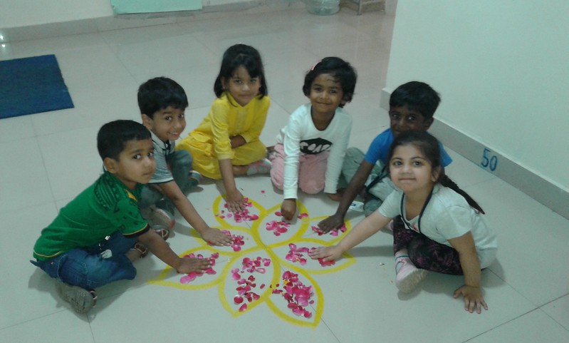 FLOWER RANGOLI SPECIALISTS (4)