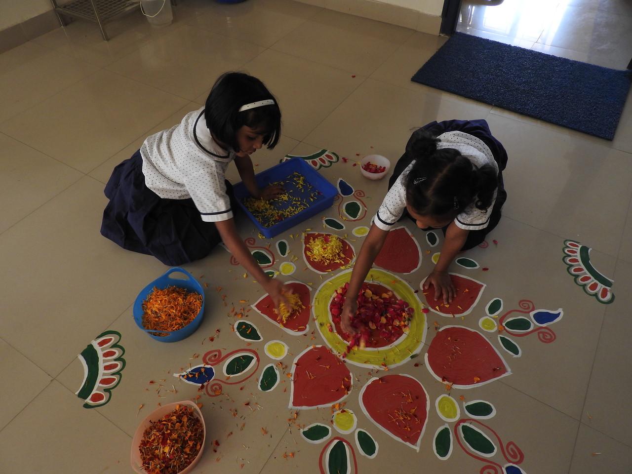MAKING RANGOLI WITH FLOWER PETALS
