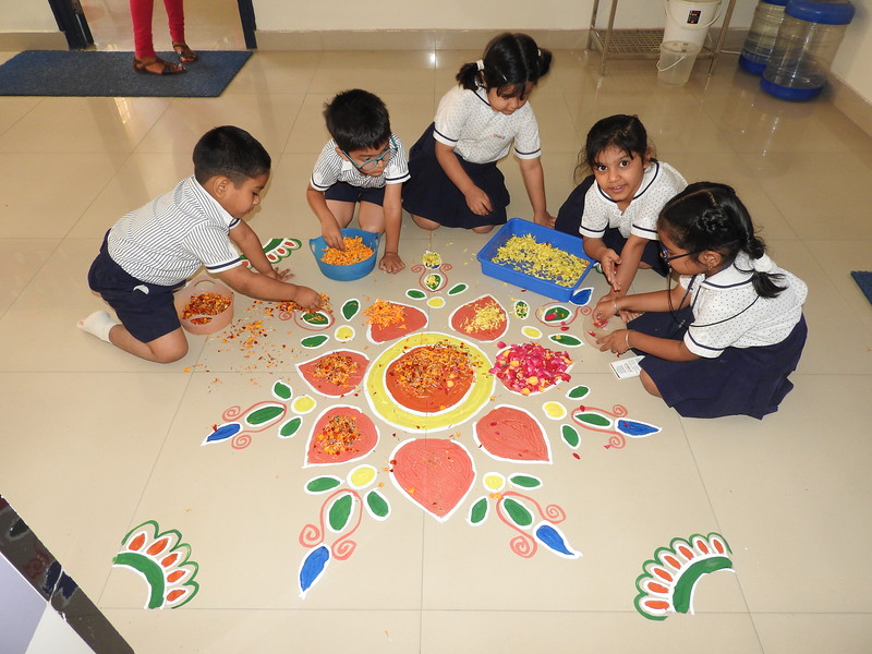 MAKING RANGOLI WITH FLOWER PETALS