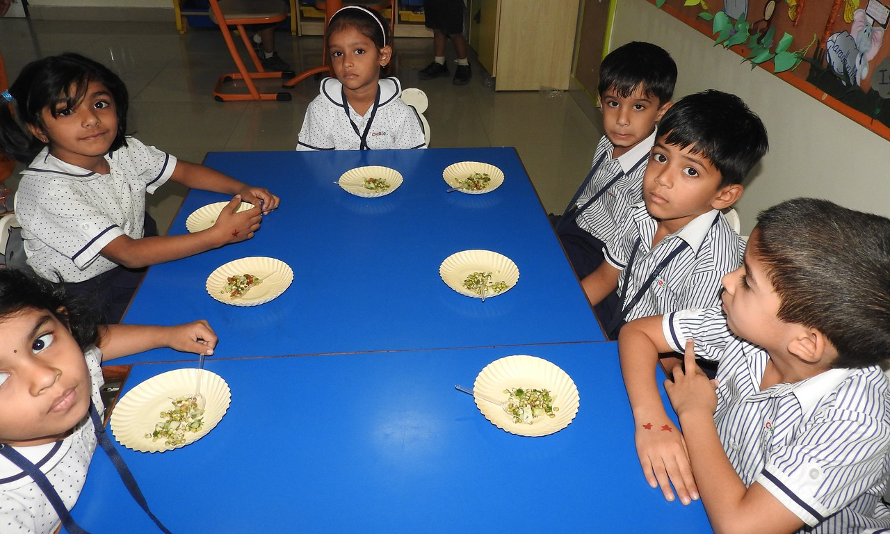 TASTING SPROUTS SALAD