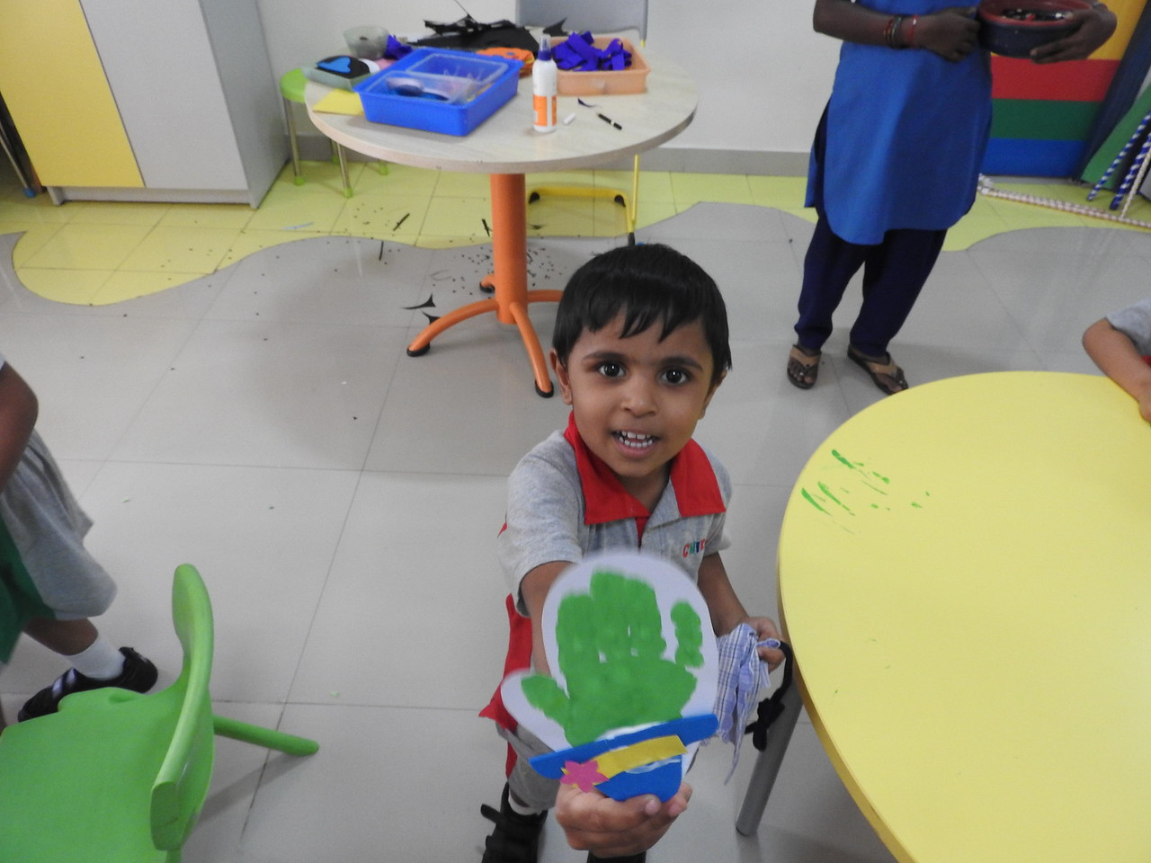 ART AND CRAFT CLASS (1)