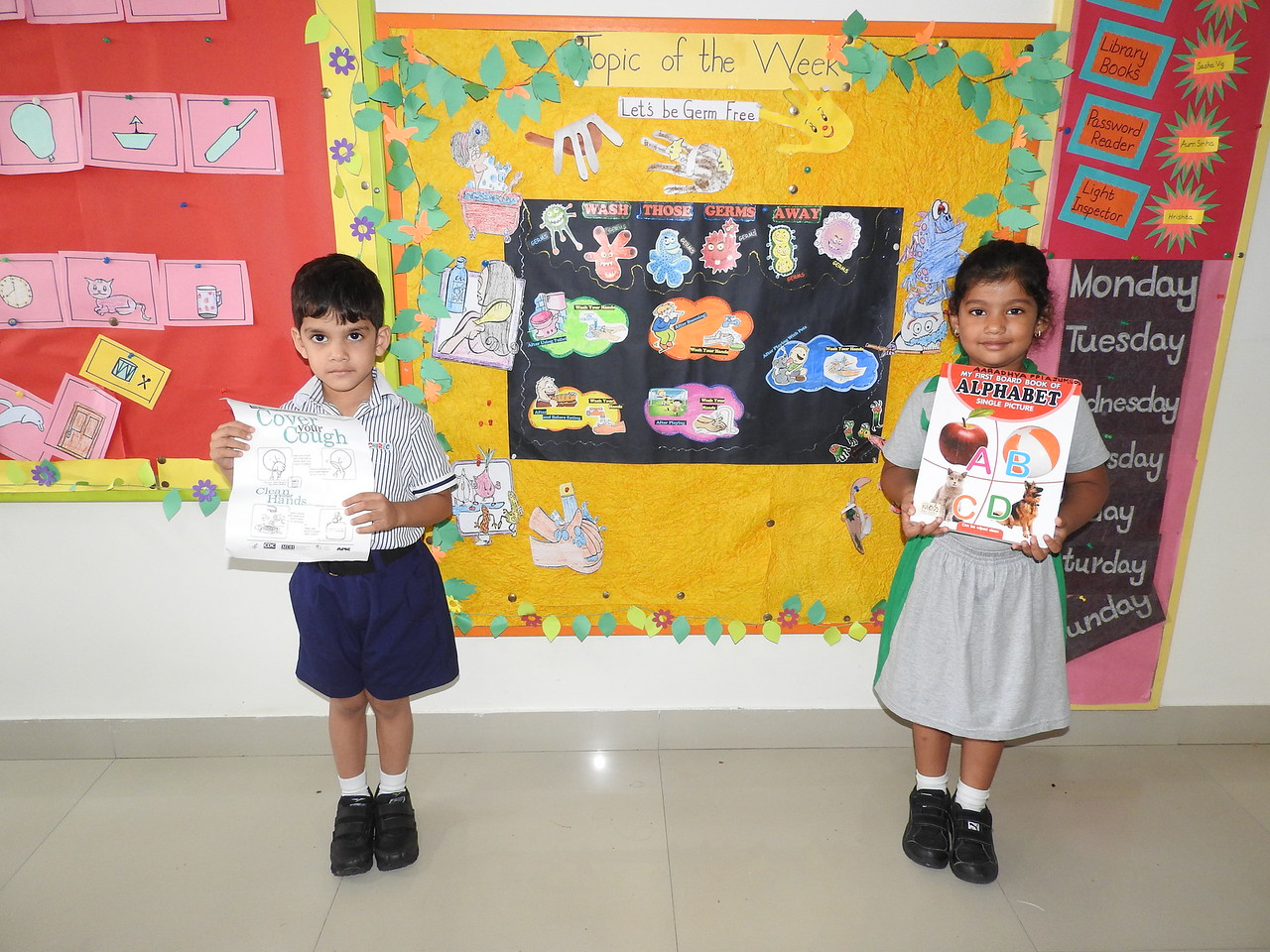 SHOW AND TELL ACTIVITY (2)