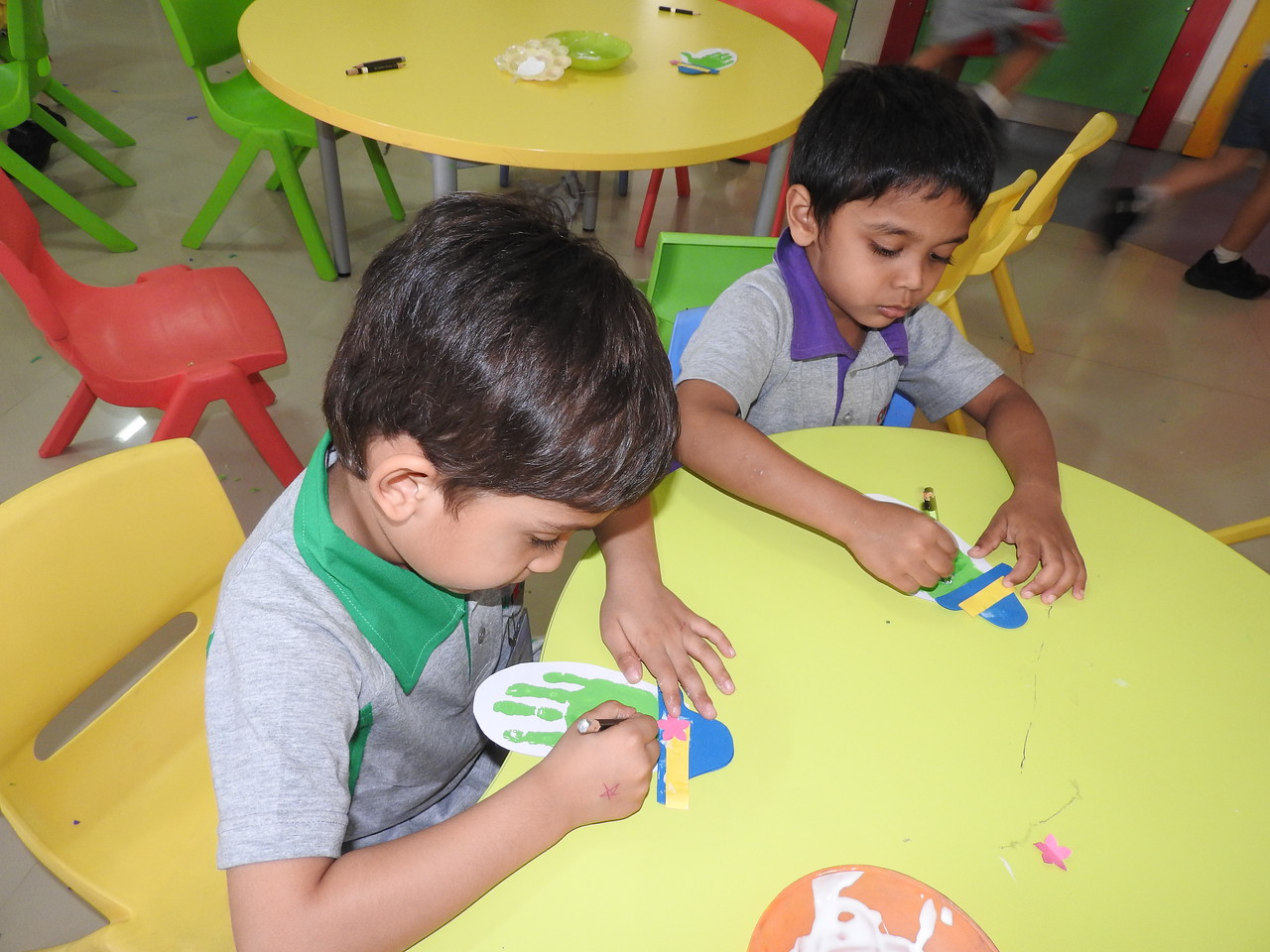 ART AND CRAFT CLASS (6)