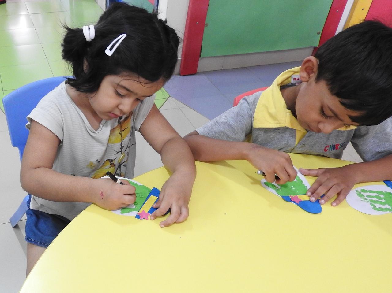 ART AND CRAFT CLASS (2)