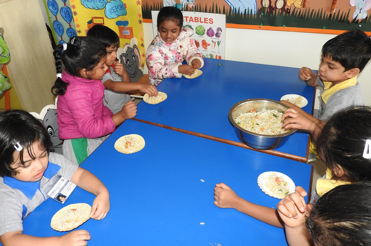 JUMBOS ENJOYING THE BHEL (5)
