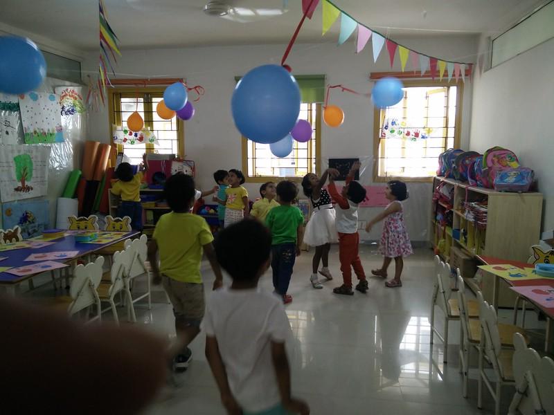 BYE-BYE KITTIES(CLASS PARTY TERM END) (6)