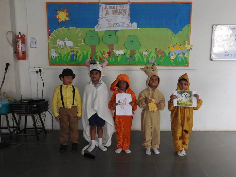 DEVELOPING LANGUAGE AND PRESENTATION SKILLS DURING ASSEMBLY PRESENTATION