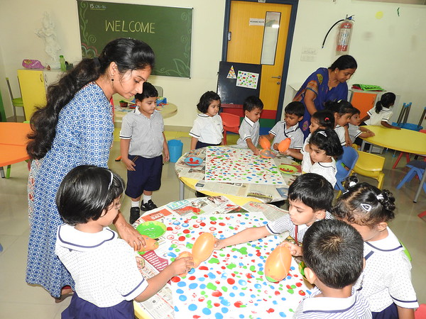 ART AND CRAFT ACTIVITY BY JUMBOS (2)