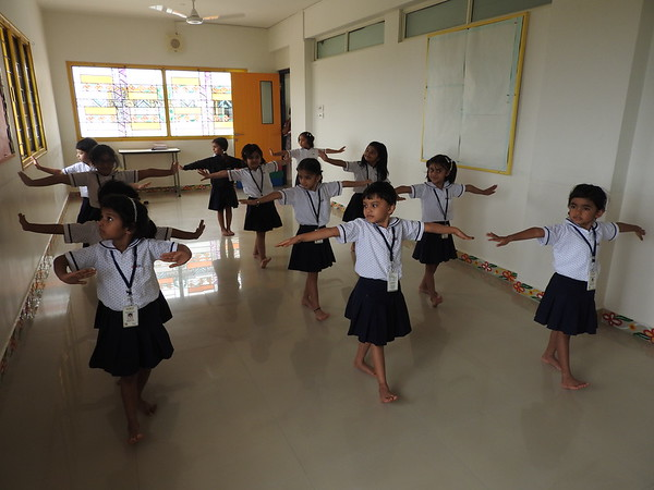 ENJOYING IN THE DANCE CLASS