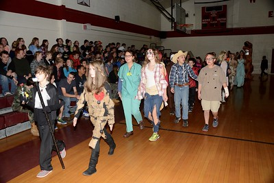 Halloween Hits AMHS photos by Gary Baker