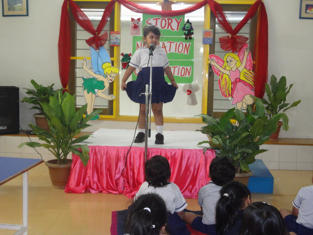 ANIKKHA DURING FINAL ROUND OF STORY NARRATION COMPETITION