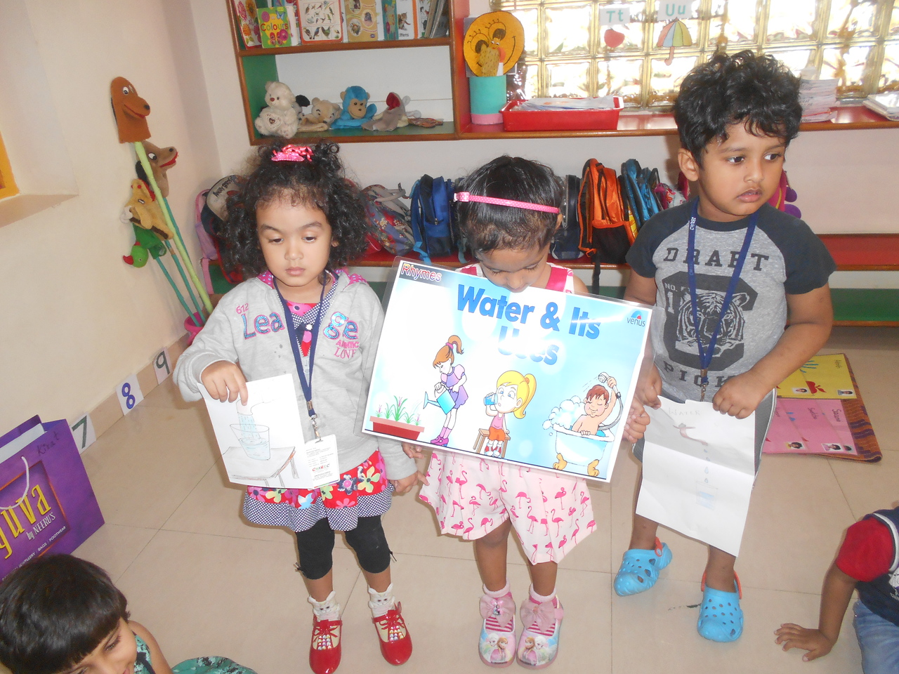 LANGUAGE AND COMMUNICATION SKILLS AND SOCIAL SKILLS- SHOW AND TELL ACTIVITY (2)