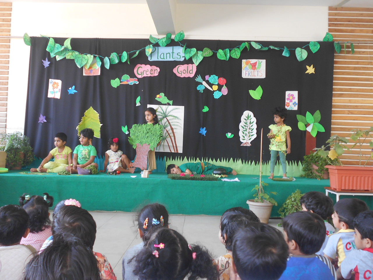 LANGUAGE AND SOCIAL SKILLS- ASSEMBLY PRESENTATION DURING PLANTS GREEN GOLD (9)