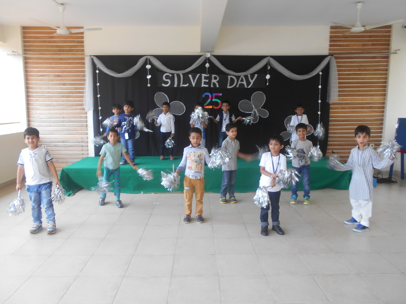 SILVER DAY 8